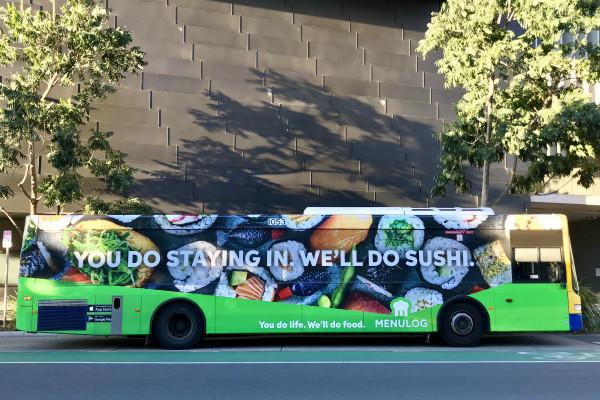 Carner оклейка пленкой автобусов