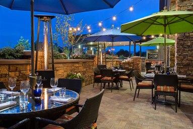 marriott outdoor patio
