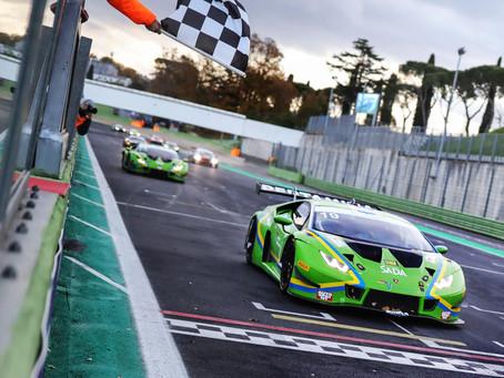 Tuomas Tujula on Italian urheiluautojen     GT Sprint-sarjan mestari