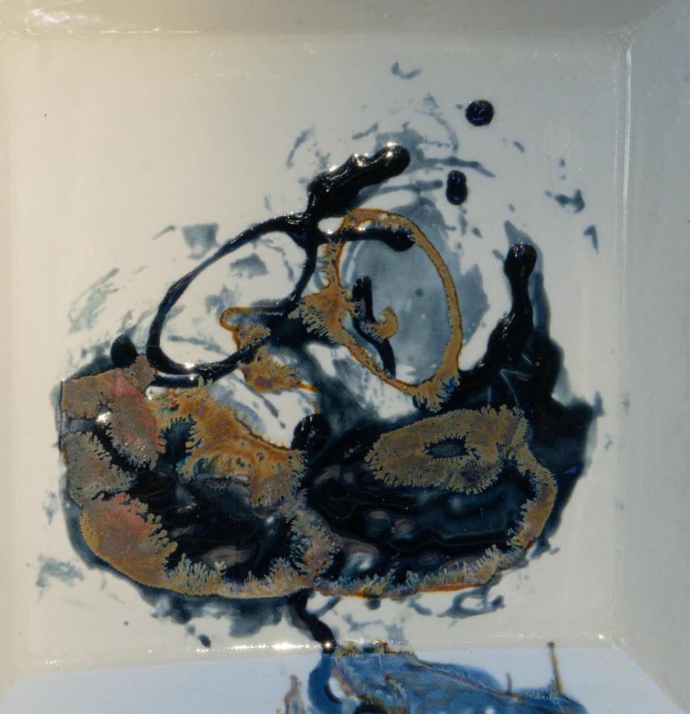 Porcelain molded platter with high fire glazes