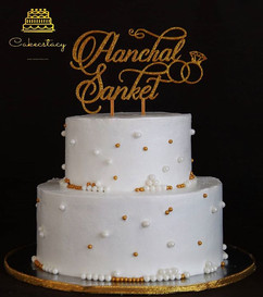 Wedding cake...jpg