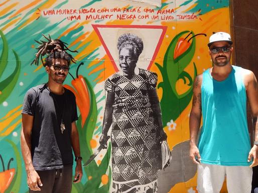Alberto Pereira e Pandro Nobã unem literatura e ancestralidade em mural no Centro do Rio