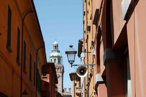 Il cielo sopra, Bologna, 2010 © Nino Campisi