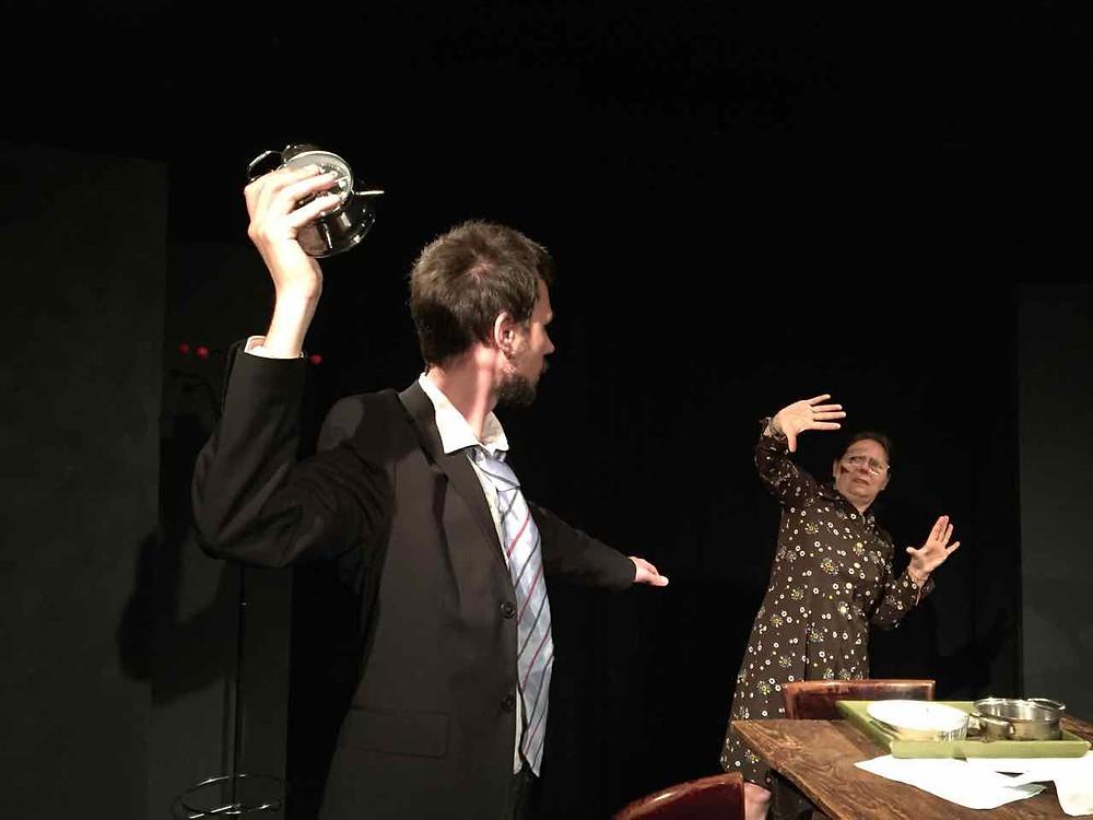 Ivan Fiorini e Noella Bardolesi in A night out di Harold Pinter
