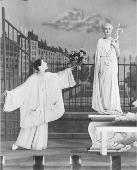 Nella foto: Les enfants du paradis con Arletty e Jean-Louis Barrault