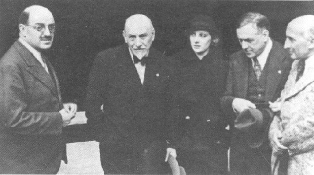 Luigi Pirandello, Silvio d'Amico, Andreina Pagnani, Renato Simoni e Jacques Copeau nel 1933