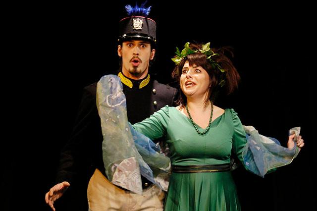 """""""La signorina Papillon"""" di Stefano Benni. Una regia di Angela Baviera, Teatro del Navile, stagione 2004-2005"""