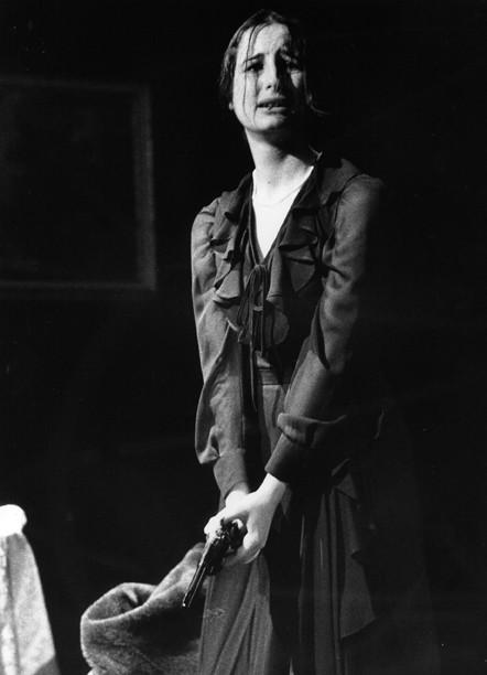 Viviana Panarello - L'orso di Anton Cechov ( 2001) regia di Nino Campisi