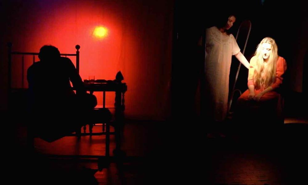 Compagnia Teatrale Monoval
