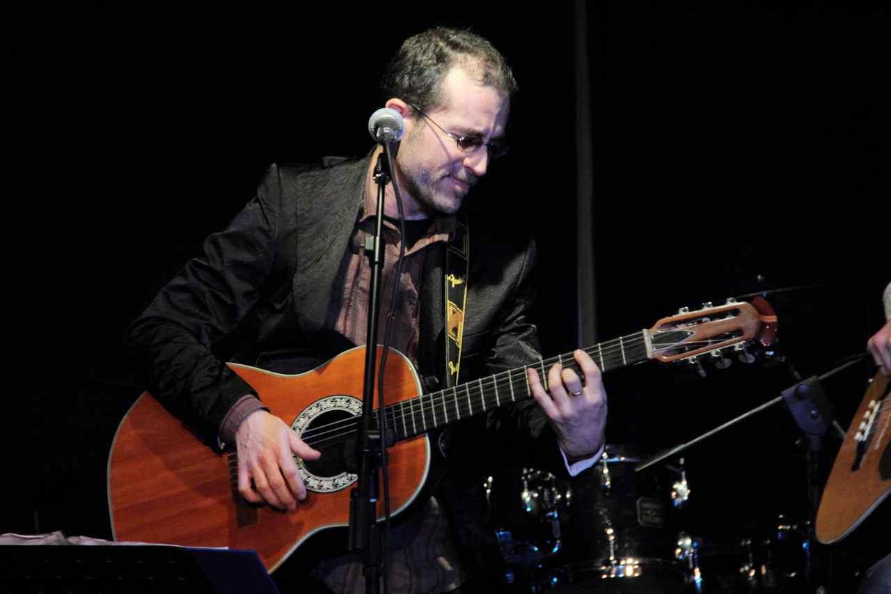 Paco Ciabatta, 4 marzo sotto casa di Lucio, Teatro del Navile (Foto di Laura De
