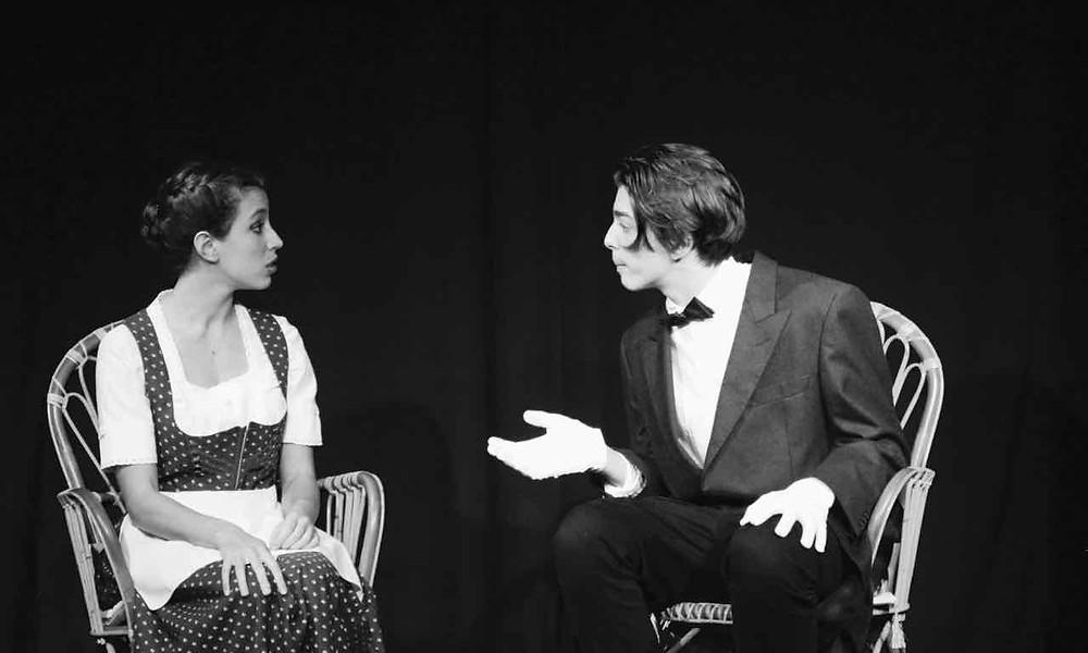 Victoria Sinardi e Domenico Silvestri ne La domanda di matrimonio di Anton Cechov. Foto di Cristina Principale.