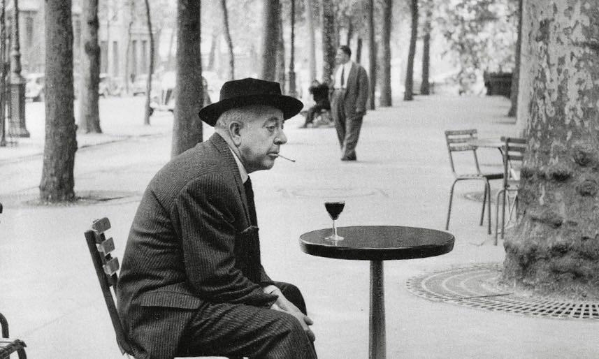 Jacques Prévert a Parigi. Foto di Robert Doisneau (particolare).