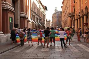 Mai più, Bologna