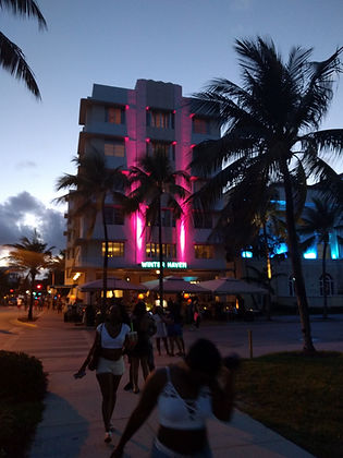 Photo of Ocean Drive and a hotel on Miami Beach
