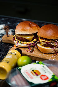mayoneur-meatlessfarm-9.jpg