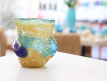 琉球ガラス 茶泡二色石型グラス入荷
