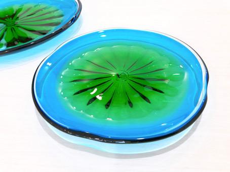 琉球ガラス 珊瑚の海 緑皿入荷致しました