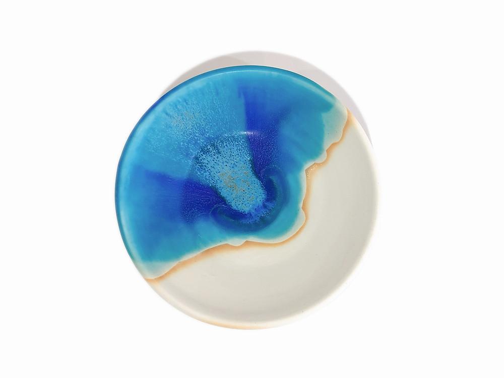 うるま陶器 三つ足皿 琉球ガラス やちむん 通販 値段 青い器 海の器 可愛い おしゃれ