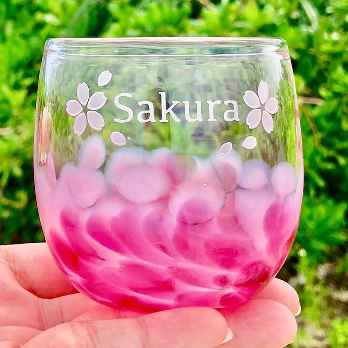 沖縄県宮古島にOPEN!おりジナルグラスボトル彫刻専門店エヌブラスト!琉球グラス名入れ体験やってます!