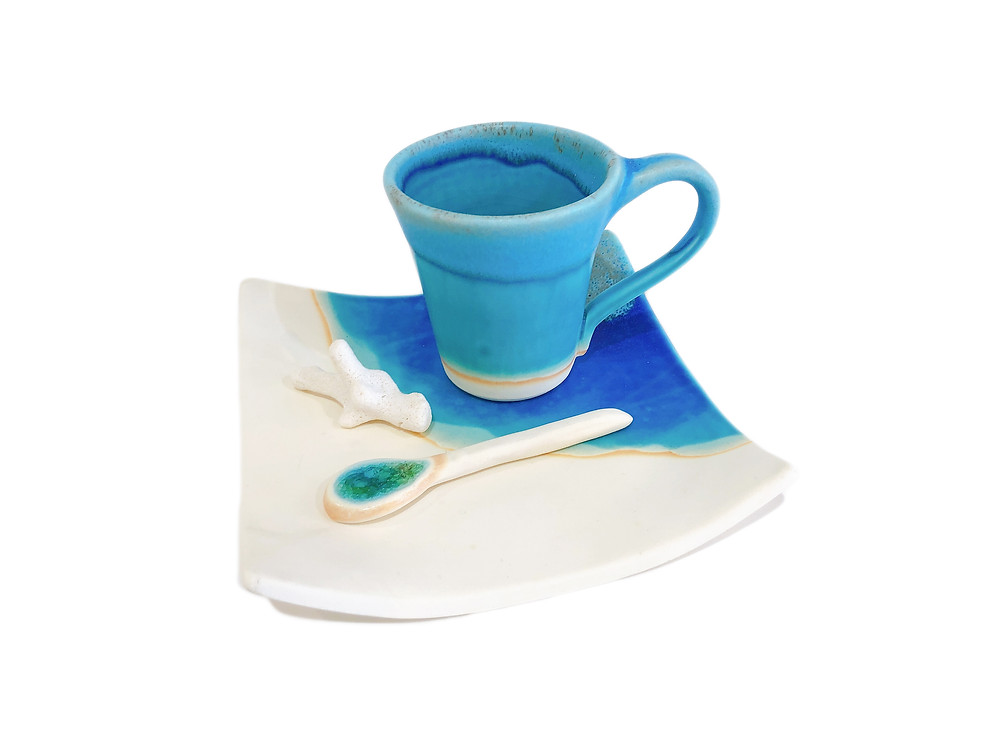 うるま陶器 カップ&ソーサー 角 琉球ガラス やちむん 通販 値段 青い器 海の器 可愛い おしゃれ