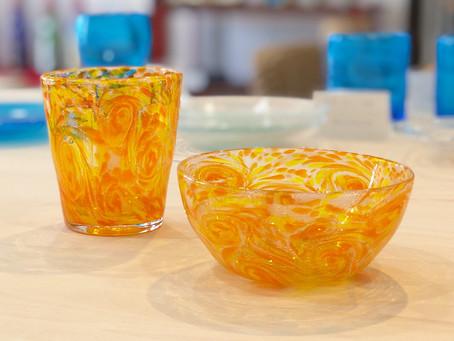 琉球ガラス 匠工房 うずマンゴーグラス、小鉢 入荷致しました