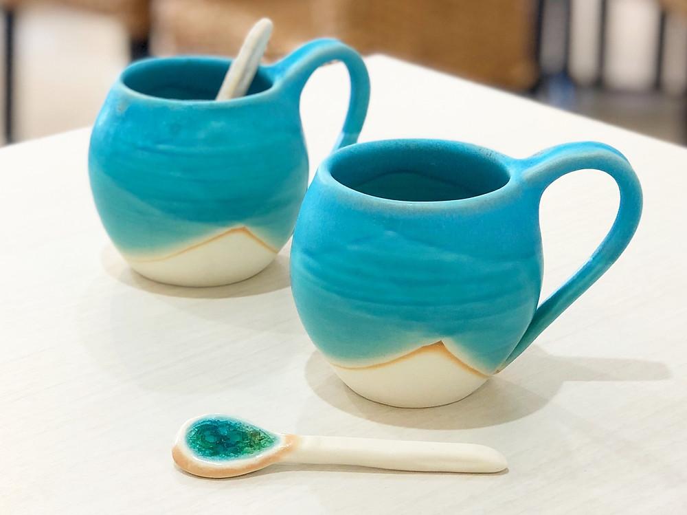 うるま陶器 マグカップスプーンセット(丸ブルー) やちむん 人気 沖縄 宮古島