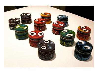 Peinture acrylique sur objet
