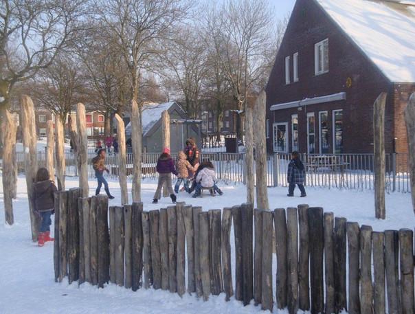 natuurlijk buitenspelen in de winter