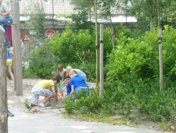 groen schoolplein 2 buroBlad