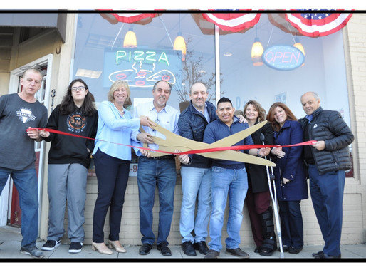 Outta Hand Pizza Celebrates a Fabulous First Year