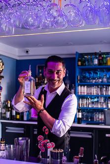 Soirée du Gin Point G, Barman