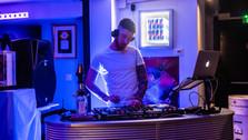 Soirée du Gin Point G, DJ
