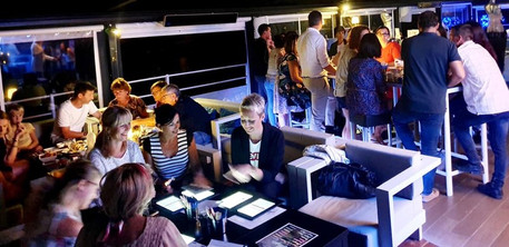 Soirée au Nautic, bar lounge