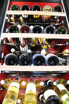 Notre Cave à Vins et Champagnes