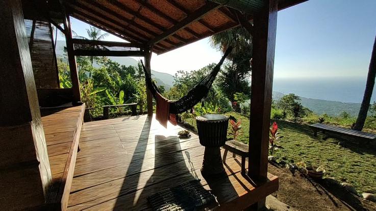 top hut (2).mp4