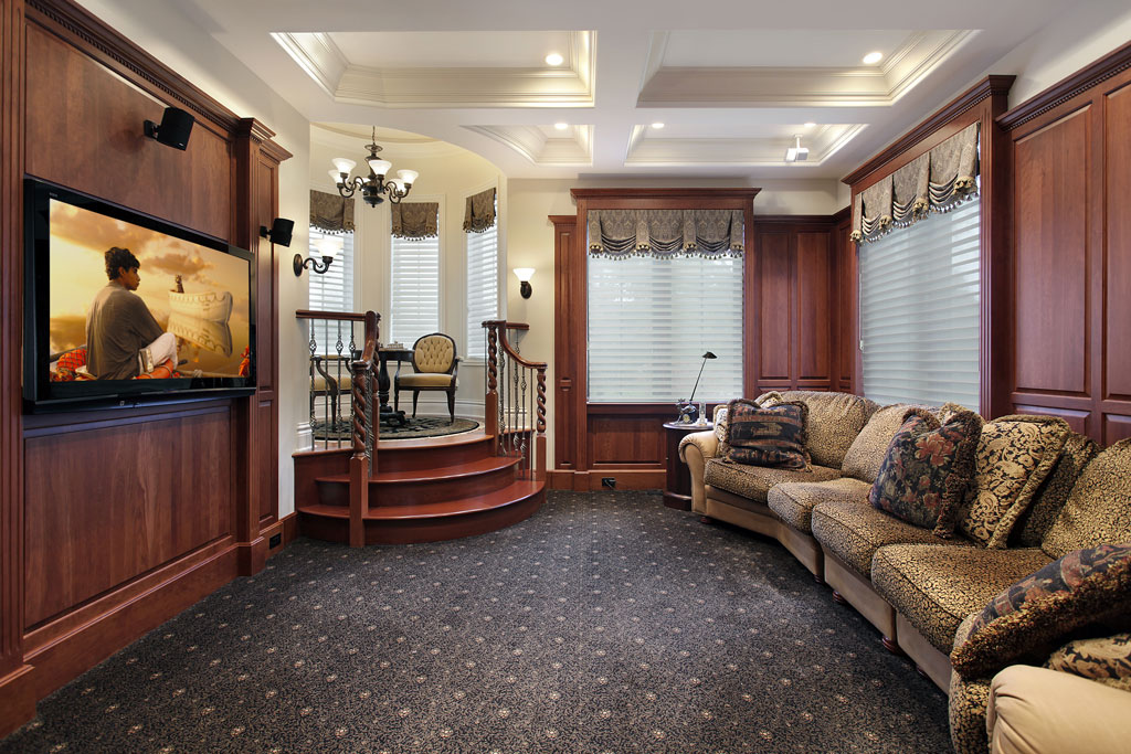 Media-room-in-luxury-home