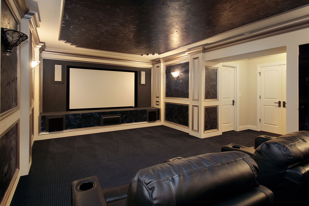 Luxury-Theater-Room