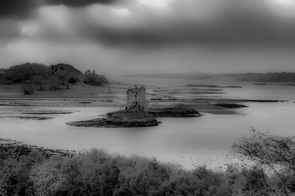 scotland castle 2tif-Edit.jpg
