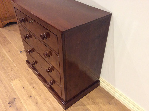 Right Side View Late Georgian Mahogany Chest of Four Drawers. Circa 1830.