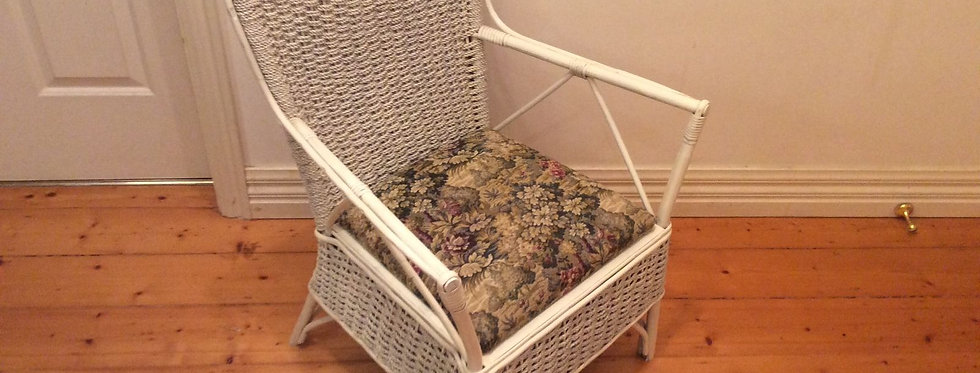Antique Cane and Rope Chair Commode in Very Good Condition. Circa 1920.
