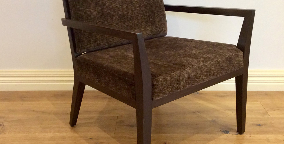 Fornasarig Mid Century Modern Line Lounge Chair. Made in Italy