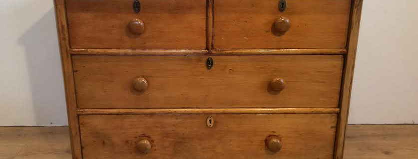 Early Victorian Huon Pine Chest of Drawers.