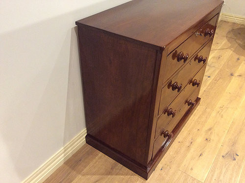 Left Side View Georgian Mahogany Chest of Four Drawers. Circa 1830.