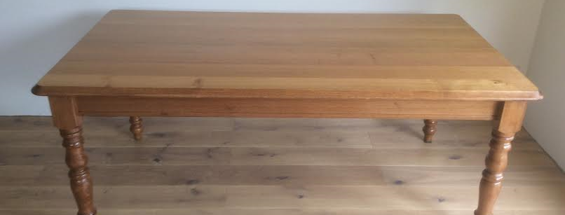 Australian Made Solid Hardwood Table.