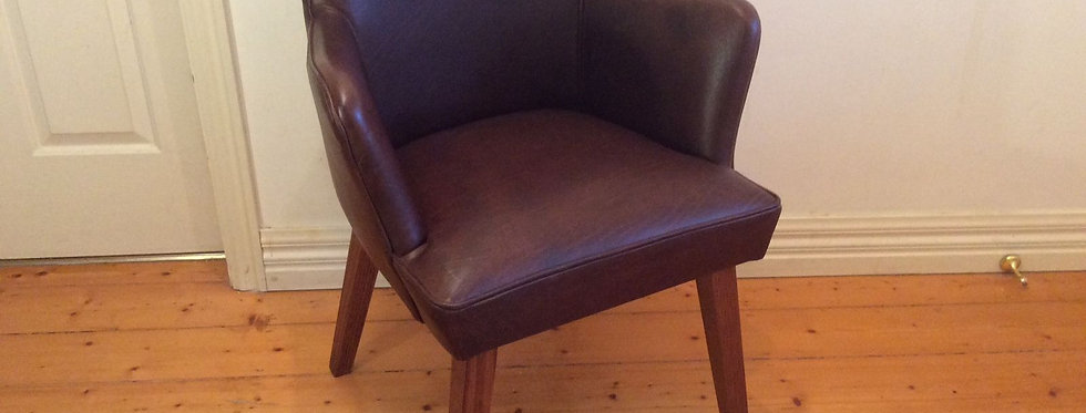 Jimmy Possum Lopez Leather Chair