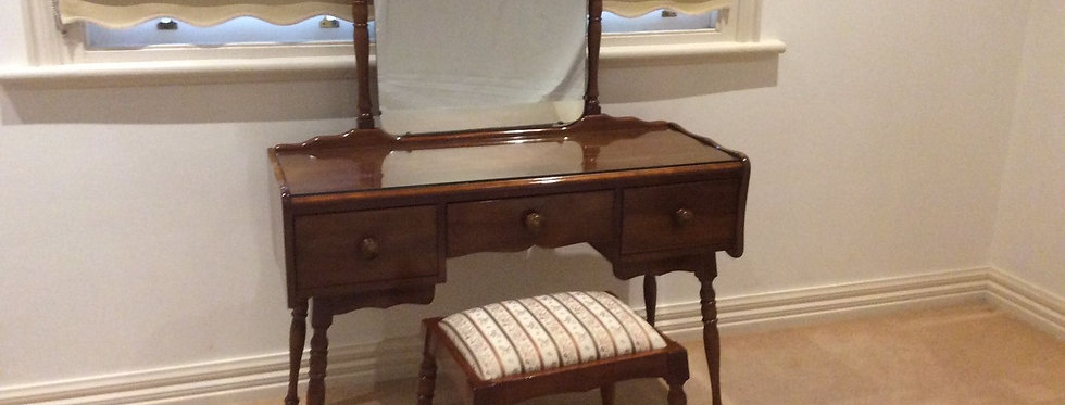 Mid Century Fred Ward Myer Heritage Solid Myrtle Bedroom Dresser