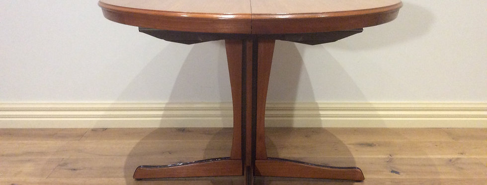 Mid Century Chiswell Teak Pedestal Extension Dining Table