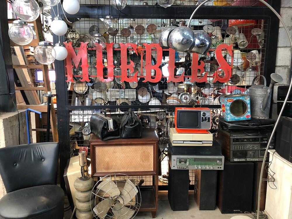 Muebles antiguos Mercado de Pulgas