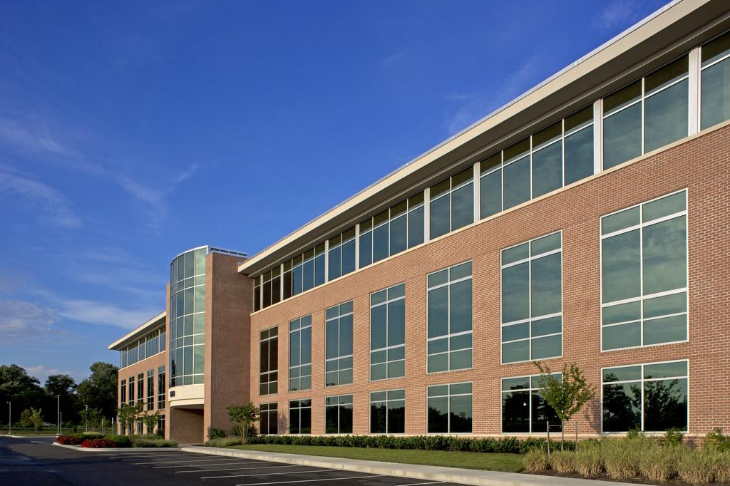 450 McHenry Road - Exterior