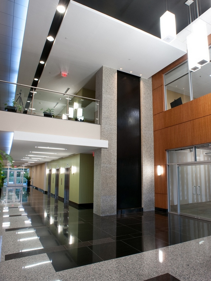 3901 Calverton Blvd. - Main Lobby